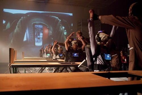 VR театр crew
