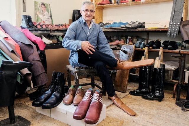 Взуття соціальна дистанція