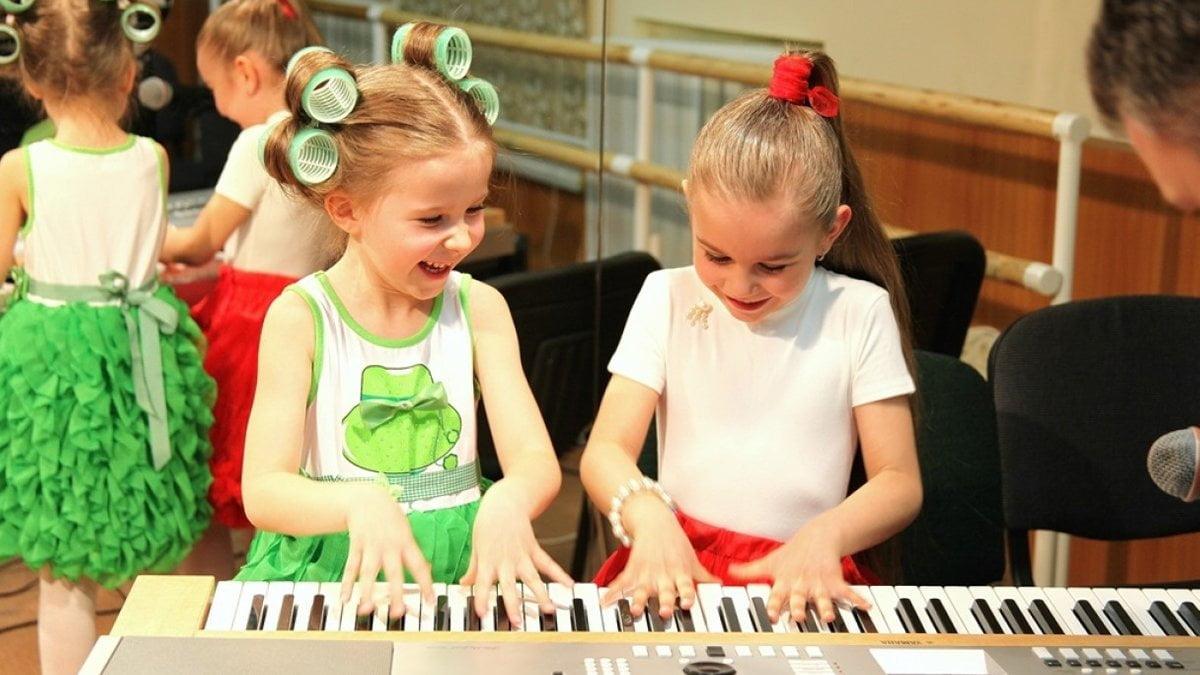 безцінні уроки музики