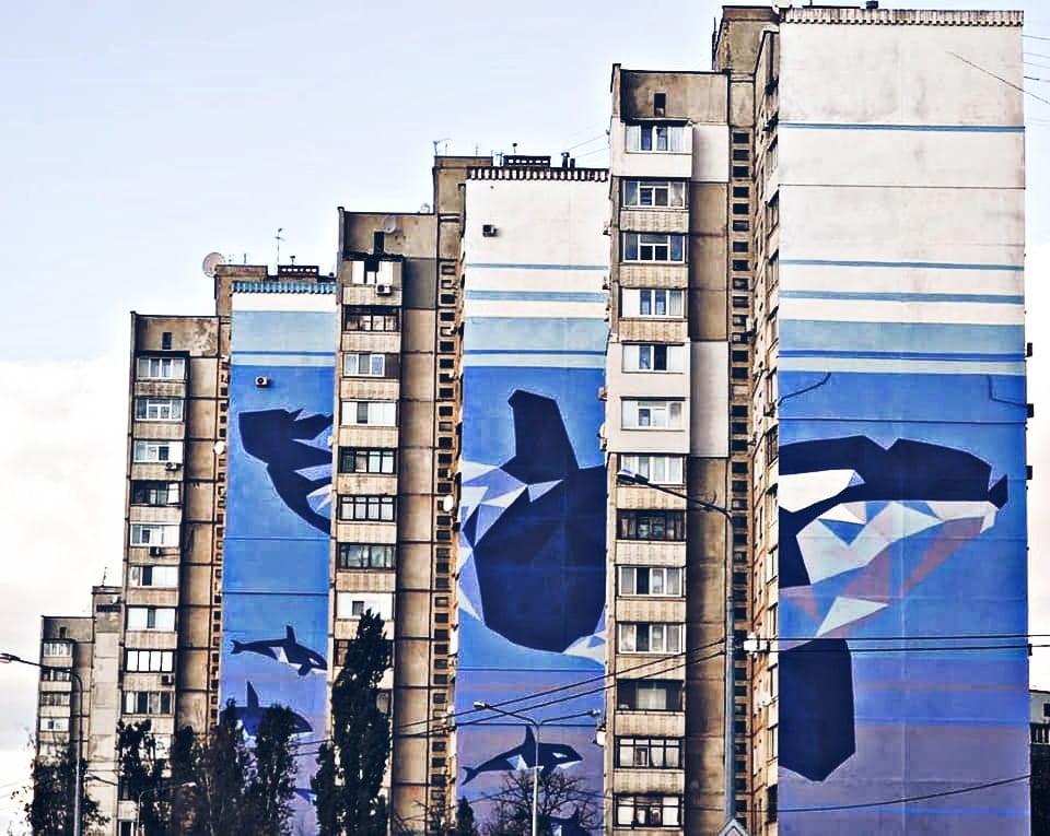 Мурал кита, що складається з 3-х частин, був визнаний найбільшим в Україні. Автори: Анастасія Худякова і Сергій Калмиков. Фото: rubryka.com