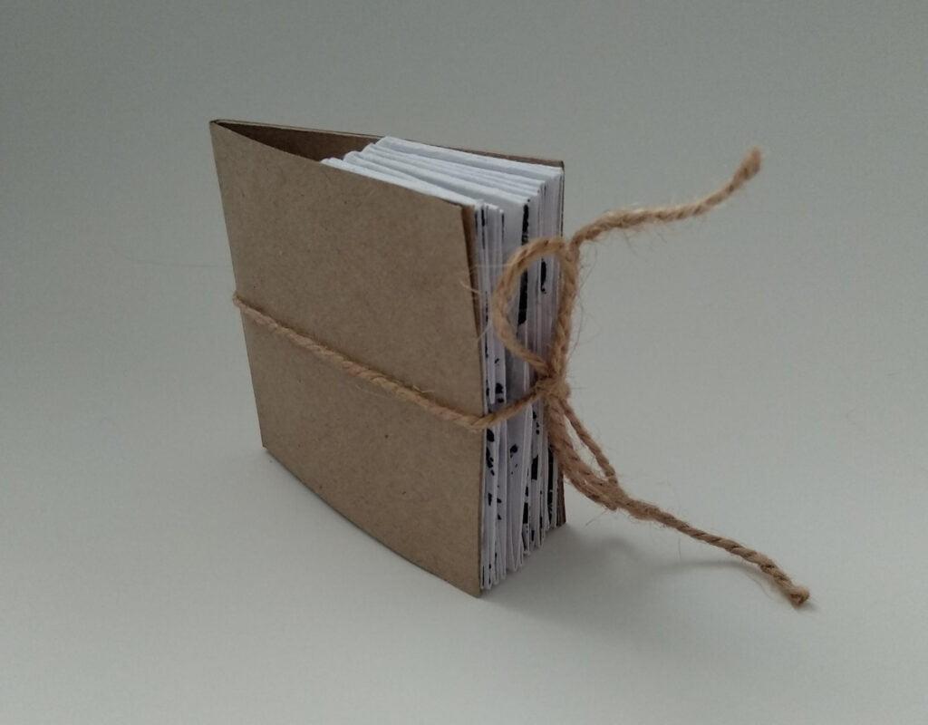 Артистична книжка